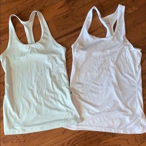 Women's Nike Dri-Fit tanks-small